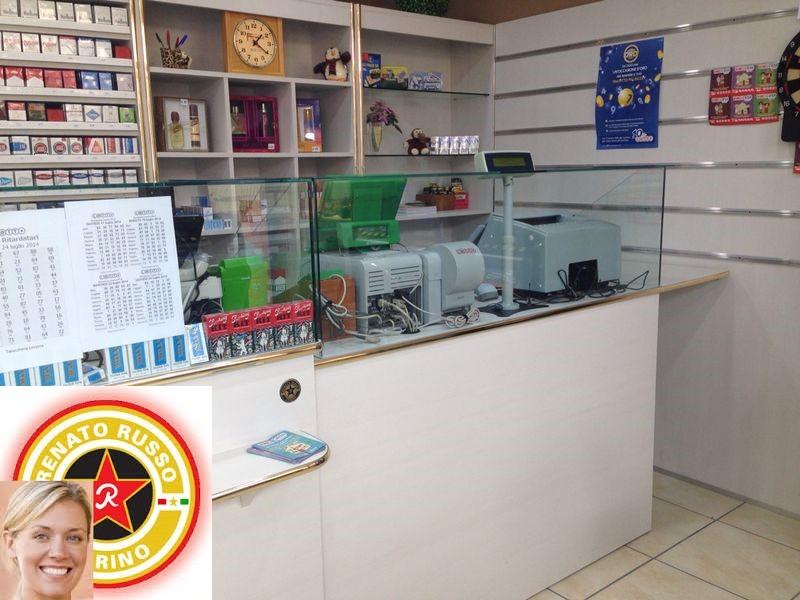 Banconii bar banchi bar grezzi banchi bar da rivestire for Arredamenti per tabaccherie