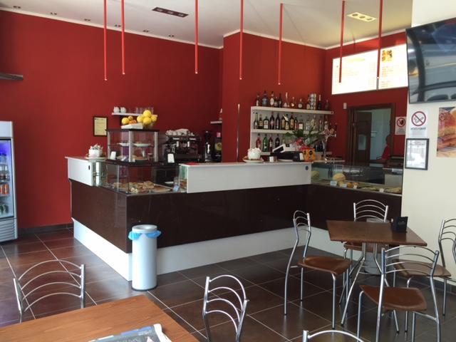 Arredamento Bar Su Misura.Banchi Bar Banchi Bar Grezzi Banchi Bar Da Rivestire Banco